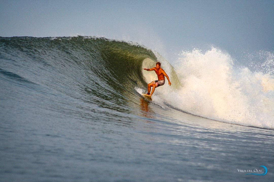 surfing-309